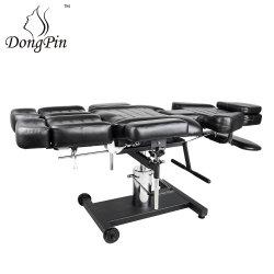 Tatouage tattoo noir hydraulique lit chaise avec tatouage de station de travail client