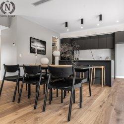 Fester Bauholz-Oberflächen-Hartholz-Fußboden-ausgeführter hölzerner Bodenbelag