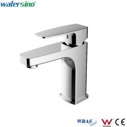 Colpetto di acqua Piattaforma-Montato rubinetto d'ottone sanitario suggerito del bacino del bicromato di potassio degli articoli
