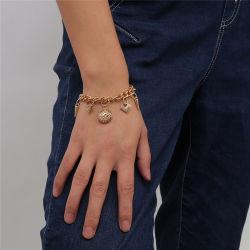 مجوهرات أزياء أوروبية وأمريكية ذهبية وفضية بنك Hip Hop Rivet Eye Eye Pendant Chain Bracelet Women 2021
