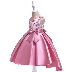 Gebördeltes gesticktes Smoking des Mädchens Hand der Prinzessin-Dress Twill Satin Bow