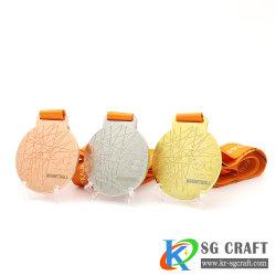 بيع بالجملة مصنّع هدايا سعر معدّة صناعة تصاميم مخصصة الزنك أللوي الصب جائزة سباق الماراثون الذهبي للفينشي ولقد حققت الميداليات النجاح في الصين