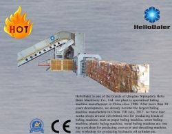 Automatische van de het kompresverpakking van het papierafval occ karton de persmachine met transportband