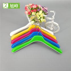 заводская цена популярных используется Установите противоскользящие пластиковые Вешалку для одежды