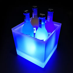 China Made plastic Ice Bucket Champagne met LED Light