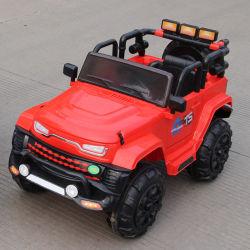 Stuk speelgoed van de Auto van de Jonge geitjes van het Plastic Materiaal van de Functie van de schommeling het Navulbare Elektrische