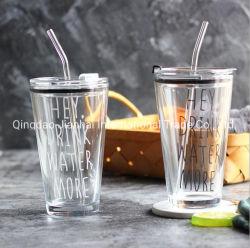 De hete Kop van het Glas van de Stijl van de Steekproef van de Verkoop Creatieve met Stro