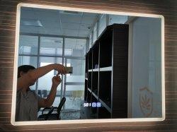 LED beleuchteter Spiegel für Badezimmer-Eitelkeit an der Wand befestigter Frameless Verfassungs-Spiegel Backlit Entwurf mit justierbaren Tageslicht und Speicher-Noten-Taste, Anti-Fog