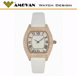De Volledige Kristallen van het Geval van het Type van Vat van de luxe op het Horloge van de Vrouwen van het Geval