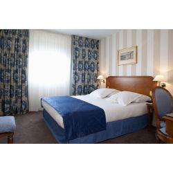 현대적인 솔리드 우드 호텔 우아한 침실 세트