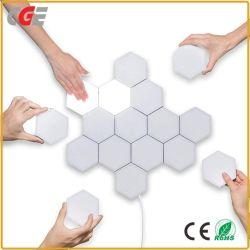 Candeeiros de parede LED sensíveis ao toque magnético LED Light Touch candeeiro de parede candeeiro de parede Hexagonal Luz de parede LED de iluminação do painel de parede em 3D