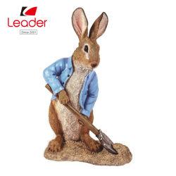 파란 삽 정원 장신구를 가진 파는 토끼, 정원 토끼 Staue