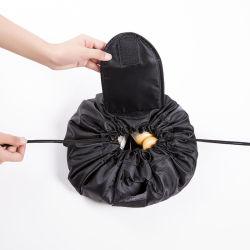 Tirer la chaîne de secours de grande capacité des femmes Sac de maquillage, un logo personnalisé en polyester étanche noir Coulisse de sacs à maquillage cosmétiques