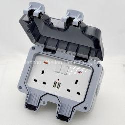 L'extérieur les sockets de l'UE mural USB plug prises de courant électrique de la météo à la poussière IP66 étanche IP66 en dehors de l'utilisation moyen Masterplug 1/2