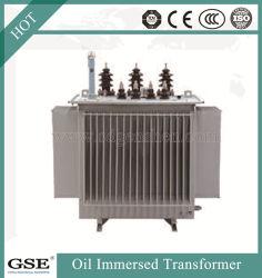 Распределение мощности электрического напряжения масло попал трансформатора
