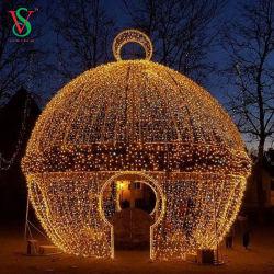 大きい LED の屋外のクリスマスの装飾新年の装飾の巨大な球の装飾ライト 3D Motif の球