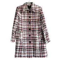 女性のアクリルの小切手のジャケットの方法コート