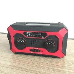 2000 mAh 힘 은행 및 이동 전화 충전기를 가진 다이너모에 의하여 강화되는 토치 태양 수동 크랜크 Noaa 날씨 라디오