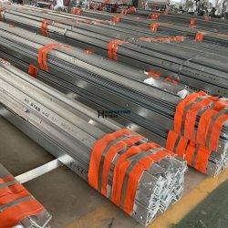 工場での設備亜鉛めっき穴加工金属角鉄(穴付き)