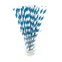 Fancy parte de paja de papel para beber el jugo