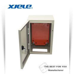 Установка на стену водонепроницаемой электрическая распределительная коробка стальной