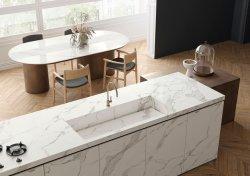 Controsoffitto di pietra sinterizzato della decorazione della stanza da bagno della priorità bassa della parete delle mattonelle di pavimento della stanza da bagno del controsoffitto della cucina