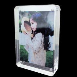 Cadre Photo en acrylique clair photo magnétique double face Frameless Desktop affiche avec la béquille de support de châssis de la photo pour la famille, bébé, cadres photo de document