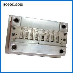 Stampaggio ad iniezione di plastica della spina del USB per il connettore di iPhone