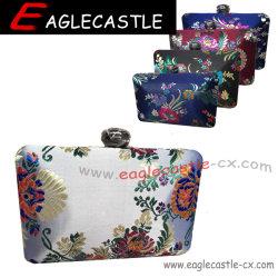 Damast-Kasten-Abend-Beutel mit abnehmbarer Metallketten-Schulter Strape, Frauen-klassische chinesische Wind-Art, antike Art in der Form-Farben-Blumen-Stickerei-Handtasche