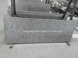 G439薄い灰色の石造りの花こう岩の台所カウンタートップ