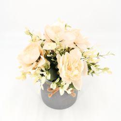 2020 Nova Flor artificial com imitar o vaso de cerâmica decoração artesanal de forma moderna de flores de plástico