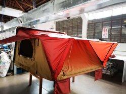 خيمة سقف صلبة من 3 إلى 4 أشخاص يخيّم سيارة أوتوماتيكية خيمة سقف شاحنة خيام سقف جيزيبو الذهبي خيام في الهواء الطلق