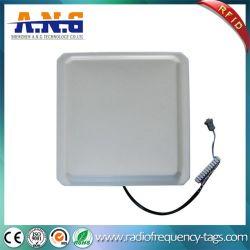 A larga distancia lector UHF RFID integrado Sistema Administrativo para estacionar
