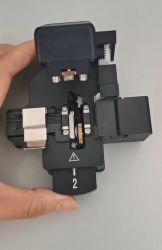 Fibre automatique Cleaver avec rotation de lame automatique et automatique de la collecte de la case Shinho X-55b