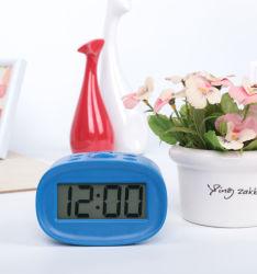ABS青いバックライトが付いている小型セリウム旅行デジタル目覚し時計