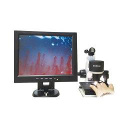 مختبرة يستعمل [بينوكلر] [ميكروسركلأيشن] مجهر