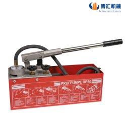 Essai de pression manuelle de la pompe avec pompe à eau le réservoir en acier inoxydable de la pompe à eau