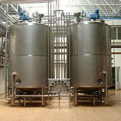 Nahrungsmittelgrad-Edelstahl-Vakuumdruck vertikaler und horizontaler Wasser-Isoliersammelbehälter für Milch u. Getränk