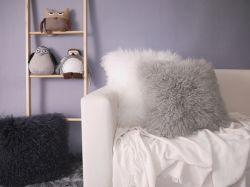 Luxury Woolen Cushions Real Fur Pillows (YFC0341)