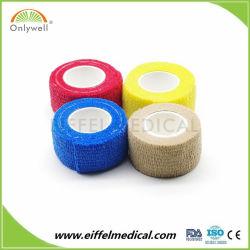 Non-tissé de solides élastiques multicolores cohésive Bandage cohésif de bande de gaze médical