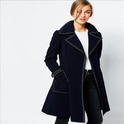 2016人の熱い販売のファッション・デザイナーの女性長い上のコート
