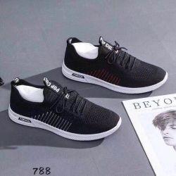 Мода для полетов соткать корейской версии дышащий модный повседневный мужчин обувь