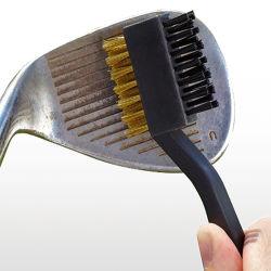 El Club de Golf a dos caras el cepillo de limpieza