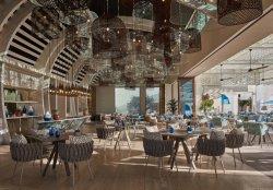 De kust Houten Lijst van het Bewijs van het Restaurant van het Hotel Vochtige met Leunstoelen van de Doek van de Benen van het Aluminium de Brede