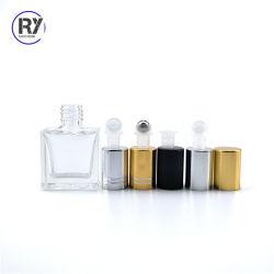 قم بتكثيف الزجاج العطوف على الكرة بحجم 10 مل، 15 مل، 30 مل، 50 مل زجاجة زجاج مستطيلة مربعة العطور الأساسية زجاجات بكرات الزيت