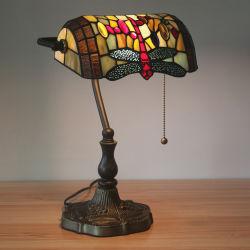 TF-3827 Tiffany stile banchiere Dragonfly lampada da tavolo lettura vetro colorato Luce di accento