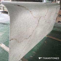 中国の製造業者の半透明な磨かれた端によって曲げられるオニックスの石