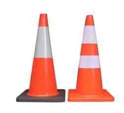 Fundas personalizadas de plástico de PVC reflectante amarillo anaranjado de la Base de Plaza de la pirámide de la seguridad del tráfico de cono de señal de advertencia de carretera