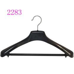 Costume noir en plastique de haute qualité Hanger avec barre de pantalon pour les hommes vêtements lourds
