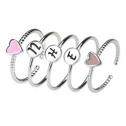은 간단한 얇은 우아한 다중 쌓을수 있는 반지에 의하여 놓이는 영국 편지 심혼 반지 보석